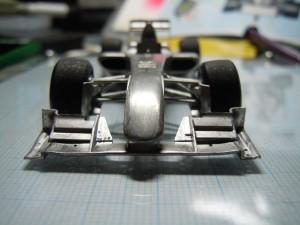 タイヤのネガティブキャンバーを再現
