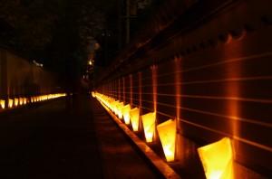 聖福寺裏の灯明