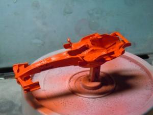 下地のオレンジ色です